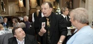 Close up magicians in Kent